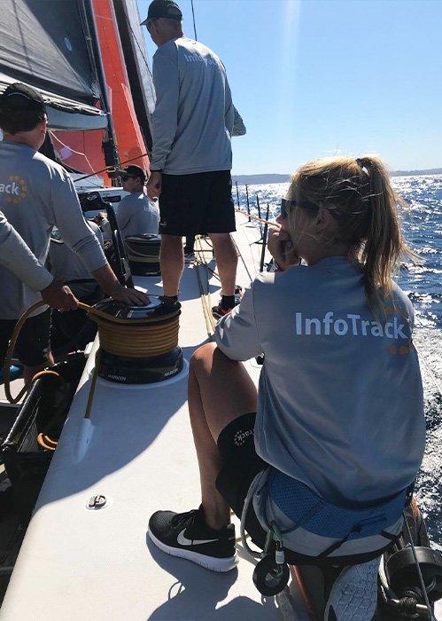 Rosalin Kuiper aan boord van Infotrack