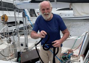 Wereldredcord solo non-stop rond de wereld als oudste man