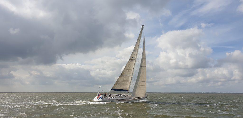 Vento, de boot van Antoinette en Rene