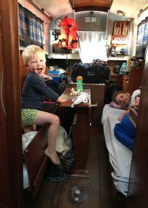 Frieda Fennel - Kinderen slapen aan boord