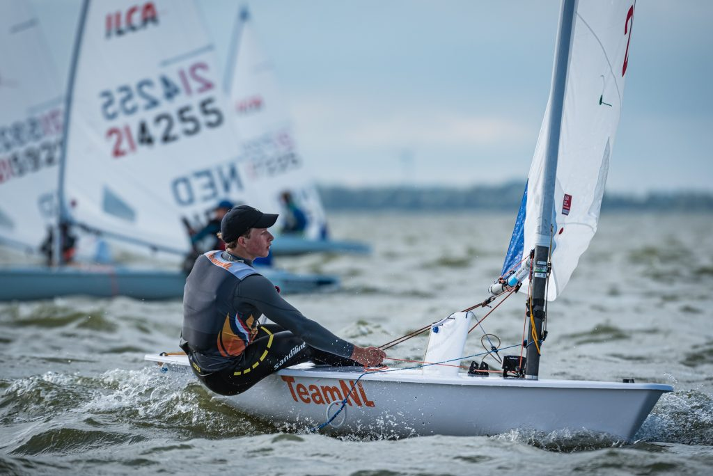 Paul Hameeteman tijdens de United 4 Sailing in Medemblik 2020.