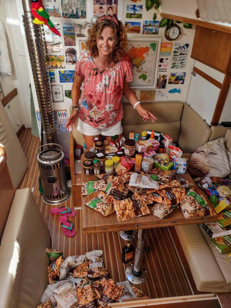 Lang houdbaar eten inslaan en opslaan aan boord
