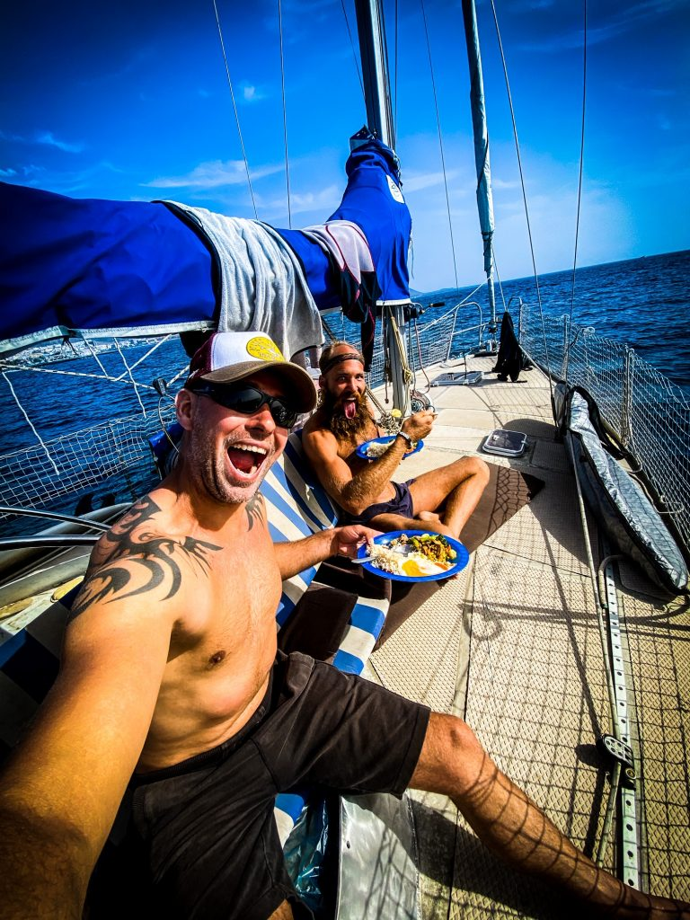 Spotlight Andries Bik en Lex zeilend van Nederland naar Ibiza.