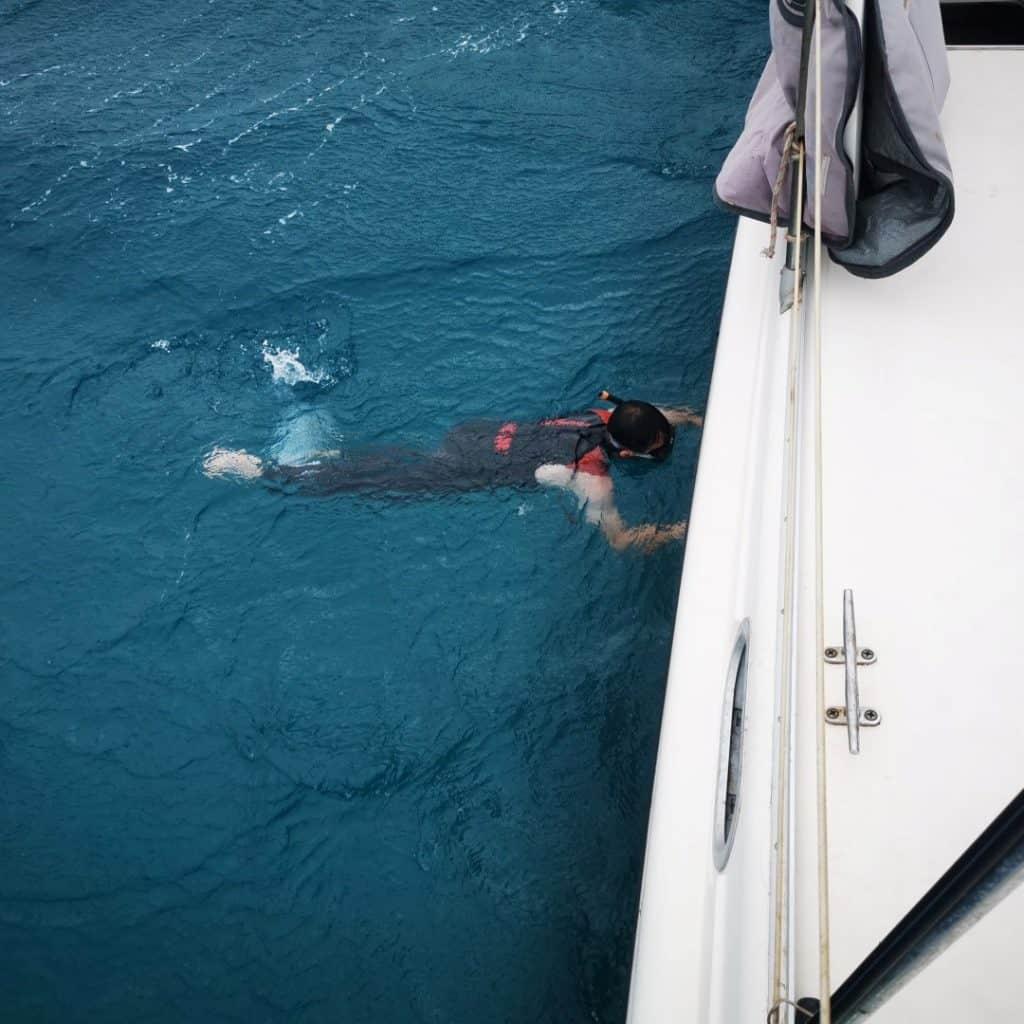 Onderwaterschip en coppercoat afvegen