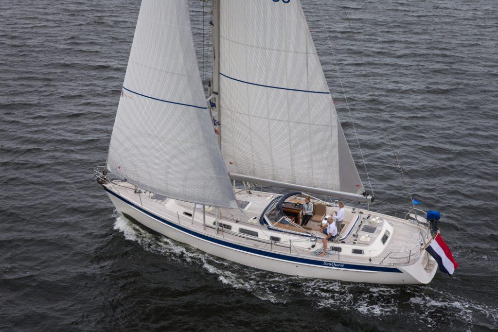 SeaQuest Hallberg Rassy 48 op het Grevelingenmeer