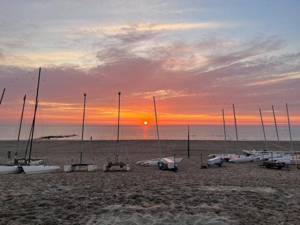 Dart 18 catamarans op het strand